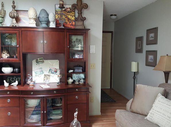 2 bed 1 bath Condo at 2917 Danford Creek Dr Kalamazoo, MI, 49009 is for sale at 65k - 1 of 3