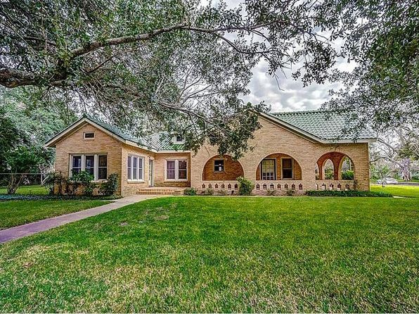 3 bed 2 bath Single Family at 401 N Rusk St Wharton, TX, 77488 is for sale at 225k - 1 of 30