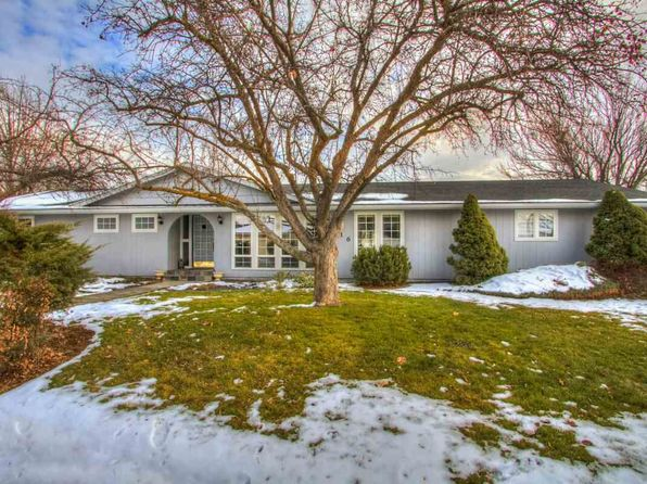 3 bed 2 bath Single Family at 1016 Lilac Ln Emmett, ID, 83617 is for sale at 218k - 1 of 25