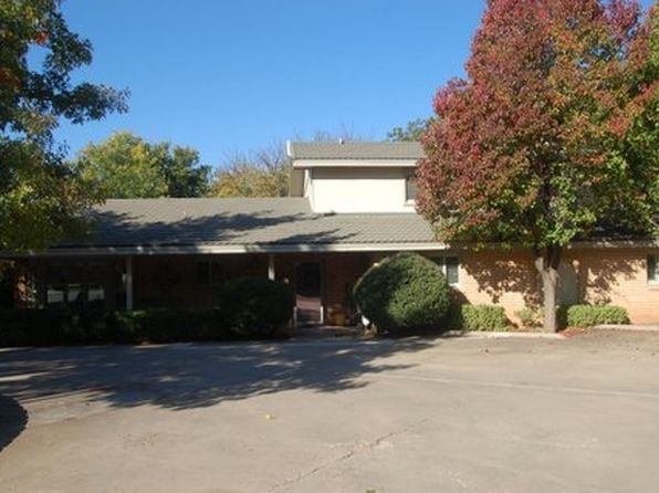 4 bed 6 bath Single Family at 3808 66th St Lubbock, TX, 79413 is for sale at 339k - 1 of 12