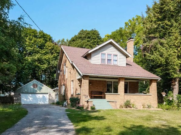 3 bed 1.5 bath Single Family at 1761 Ball Ave NE Grand Rapids, MI, 49505 is for sale at 190k - 1 of 37