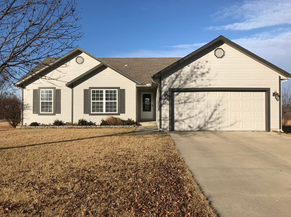 3 bed 3 bath Single Family at 17290 S Walter St Gardner, KS, 66030 is for sale at 220k - 1 of 29