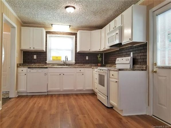 3 bed 2 bath Single Family at 3601 Kempton Pl Charlotte, NC, 28208 is for sale at 130k - 1 of 11