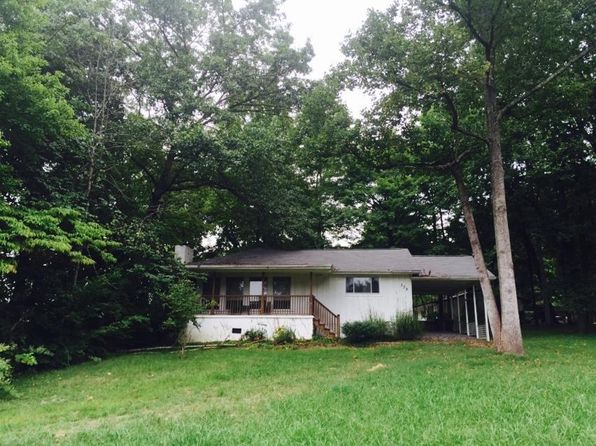 3 bed 1 bath Single Family at 338 Fox Rd Knoxville, TN, 37922 is for sale at 135k - 1 of 2
