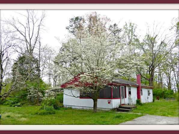 2 bed 1 bath Single Family at 1525 Waterfront Dr Dandridge, TN, 37725 is for sale at 40k - 1 of 23