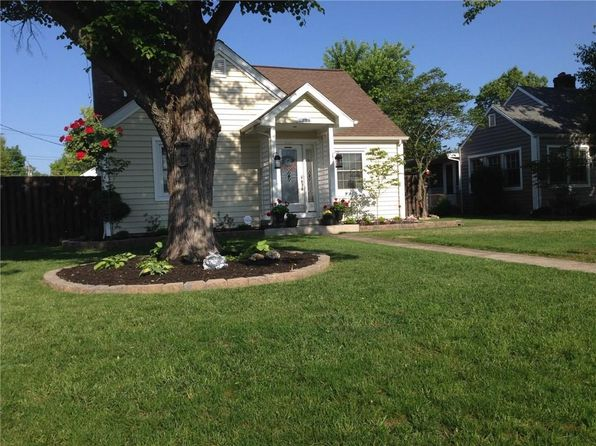 3 bed 4 bath Single Family at 2222 Chestnut St Columbus, IN, 47201 is for sale at 235k - 1 of 40