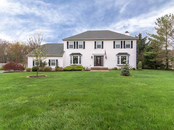 4 bed 4 bath Single Family at 79 Forest Way Morris Plains, NJ, 07950 is for sale at 850k - 1 of 27