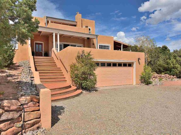 3 bed 2 bath Single Family at 1329 Tano Ridge Rd Santa Fe, NM, 87506 is for sale at 698k - 1 of 32