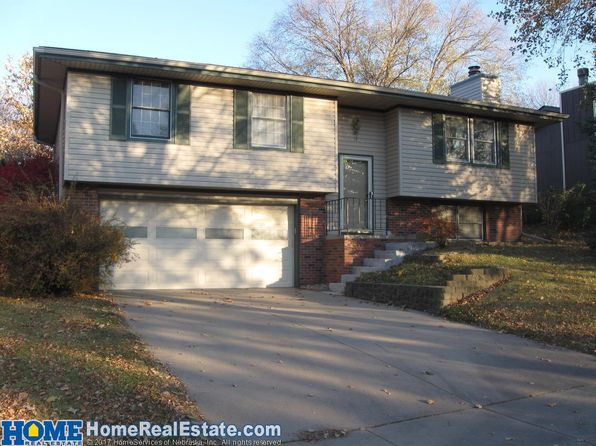 3 bed 1.75 bath Single Family at 6040 Queens Dr Lincoln, NE, 68516 is for sale at 180k - 1 of 29
