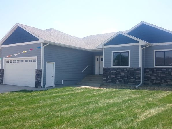 3 bed 2 bath Single Family at 3729 E Steeple St Sioux Falls, SD, 57103 is for sale at 352k - 1 of 29
