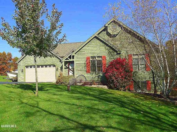 4 bed 3 bath Single Family at 16-20R Lake Carroll Lake Carroll, IL, 61046 is for sale at 270k - 1 of 24