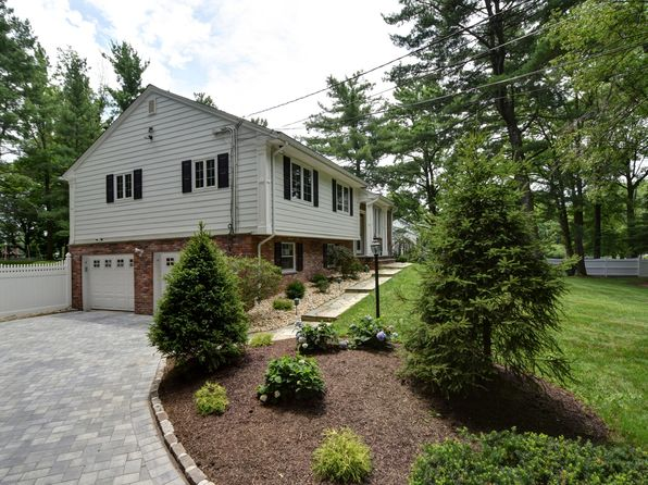 4 bed 3 bath Single Family at 1370 Cushing Rd Scotch Plains, NJ, 07076 is for sale at 849k - 1 of 15
