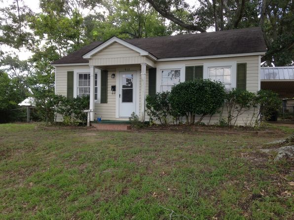 3 bed 1 bath Single Family at 913 Wells St Nacogdoches, TX, 75964 is for sale at 80k - 1 of 11