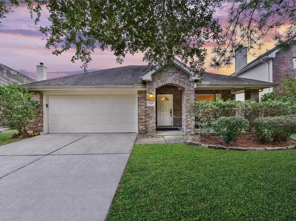 3 bed 2 bath Single Family at 3215 Banksfield Ct Katy, TX, 77494 is for sale at 215k - 1 of 32