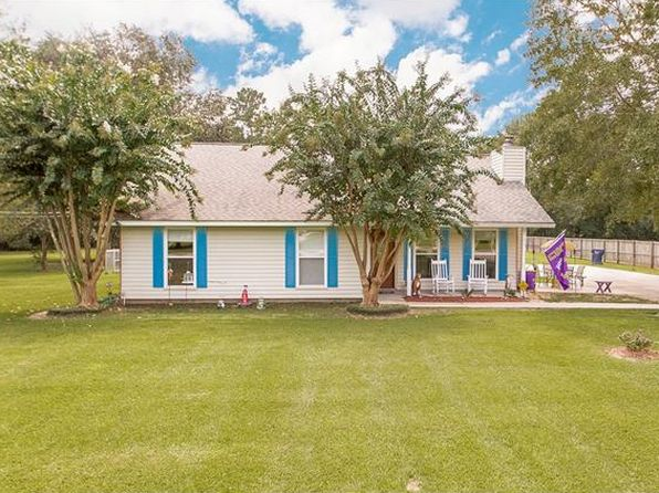 3 bed 2 bath Single Family at 17274 Riverside Ln Tickfaw, LA, 70466 is for sale at 188k - 1 of 17