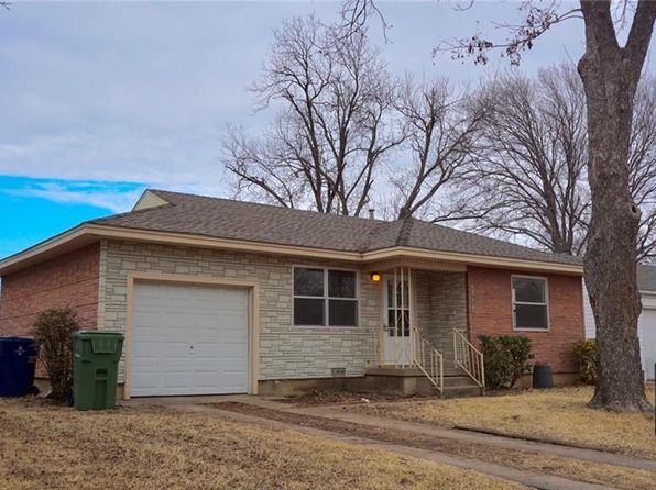 2 bed 1 bath Single Family at 1633 KIRKWOOD DR GARLAND, TX, 75041 is for sale at 120k - 1 of 24