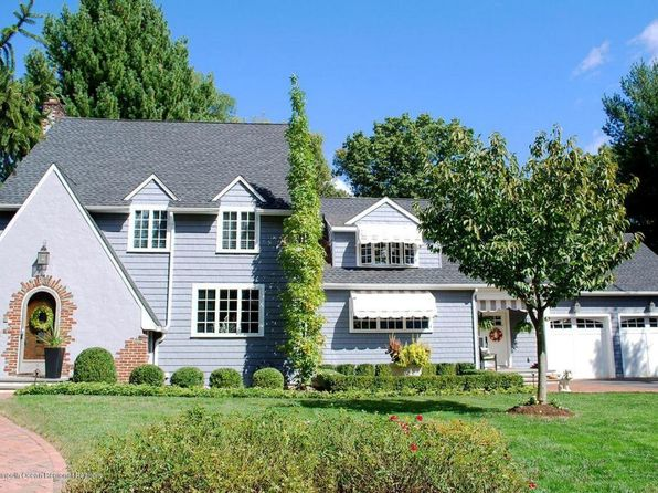 5 bed 5 bath Single Family at 5 Alston Ct Red Bank, NJ, 07701 is for sale at 1.30m - 1 of 63