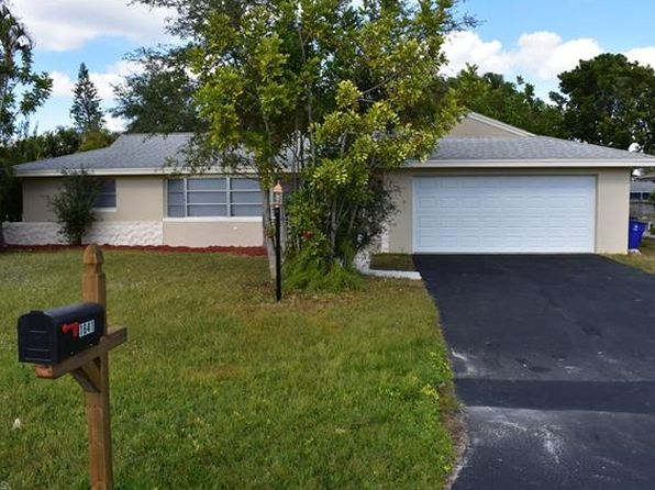 3 bed 2 bath Single Family at 1641 N Fountainhead Rd Fort Myers, FL, 33919 is for sale at 260k - 1 of 16