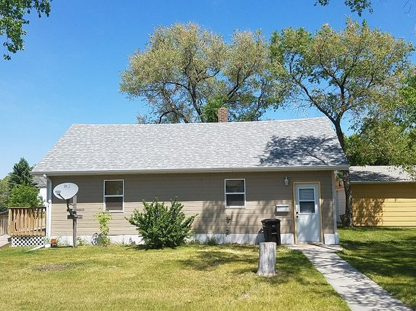 2 bed 1 bath Single Family at 221 Ohmer St Bottineau, ND, 58318 is for sale at 40k - 1 of 6