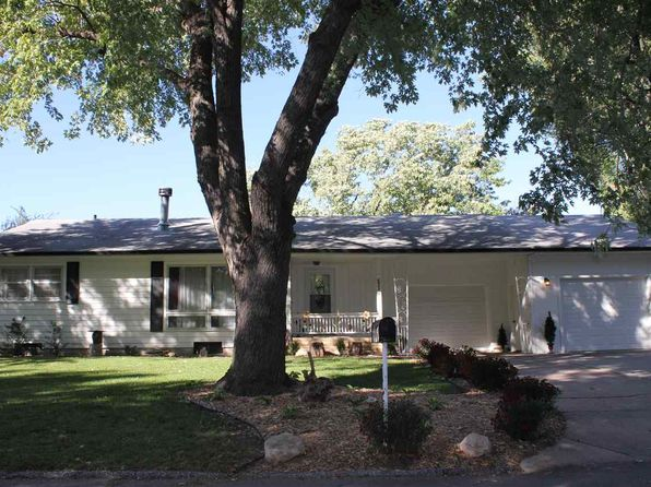 2 bed 2 bath Single Family at 2011 Ida Ln Newton, KS, 67114 is for sale at 110k - 1 of 33