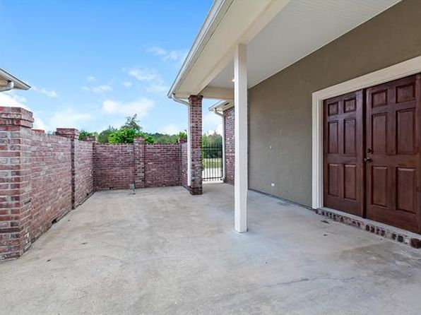 4 bed 2 bath Single Family at 23759 Monarch Pt Springfield, LA, 70462 is for sale at 246k - 1 of 17