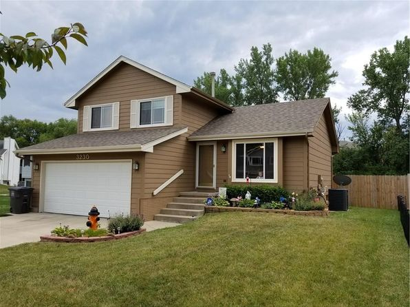 3 bed 2 bath Single Family at 3230 SE 22nd Ct Des Moines, IA, 50320 is for sale at 180k - 1 of 17