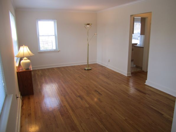1 bed 1 bath Condo at 85 Broadway Pleasantville, NY, 10570 is for sale at 145k - 1 of 9