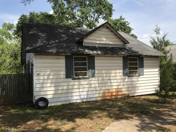 2 bed 1 bath Single Family at 24 Elm St Covington, GA, 30014 is for sale at 40k - 1 of 6