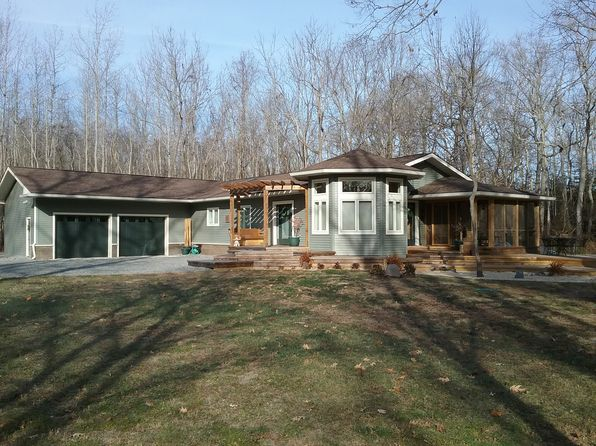 2 bed 2 bath Single Family at 409 WHITTAKER LN KILMARNOCK, VA, 22482 is for sale at 525k - 1 of 35