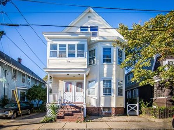 6 bed 2 bath Single Family at 20 Prescott St Salem, MA, 01970 is for sale at 549k - 1 of 24