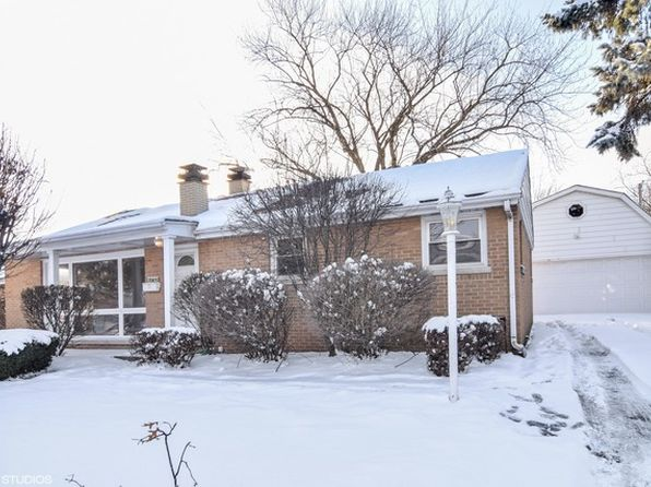 3 bed 2 bath Single Family at 304 Rush St Roselle, IL, 60172 is for sale at 260k - 1 of 10