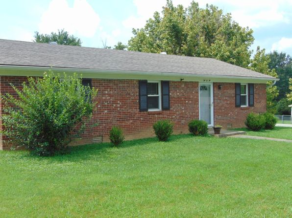 3 bed 1 bath Single Family at 202 Jean St Lawrenceburg, KY, 40342 is for sale at 113k - 1 of 13