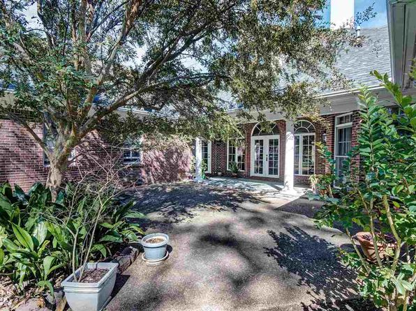 3 bed 3 bath Single Family at 6 Lafayette Cir Clinton, MS, 39056 is for sale at 365k - 1 of 14