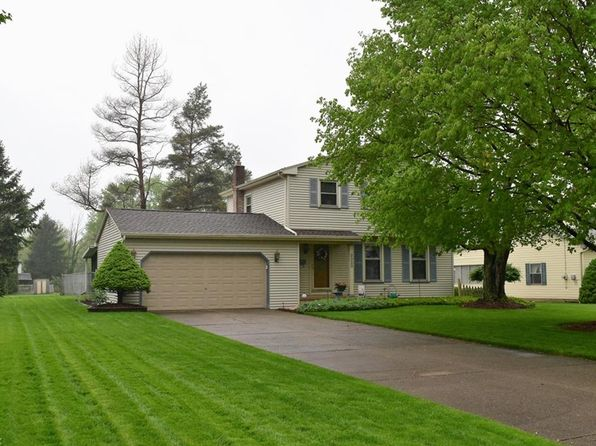 3 bed 2 bath Single Family at 3020 Hamman Dr Youngstown, OH, 44511 is for sale at 128k - 1 of 22