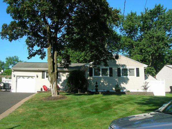 3 bed 2 bath Single Family at 14 Chestnut Dr Hazlet, NJ, 07730 is for sale at 350k - 1 of 23