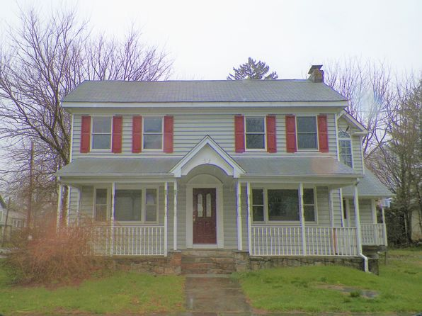 4 bed 2 bath Multi Family at 49 Center St Bloomsbury, NJ, 08804 is for sale at 115k - 1 of 19