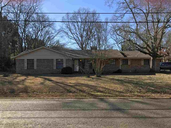 255 bed 2 bath Single Family at 754 S Adams St Carthage, TX, 75633 is for sale at 80k - 1 of 13