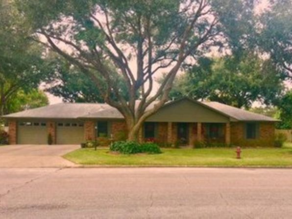 3 bed 2 bath Single Family at 3441 Grennock St Bay City, TX, 77414 is for sale at 214k - 1 of 18