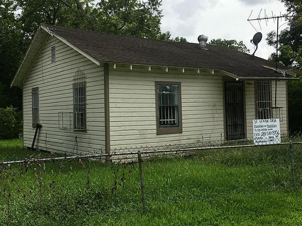 2 bed 1 bath Single Family at 3130 Toliver St Houston, TX, 77093 is for sale at 70k - 1 of 7