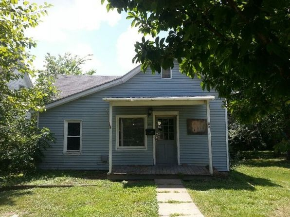 4 bed 2 bath Single Family at 813 Jefferson St Fulton, MO, 65251 is for sale at 12k - 1 of 6