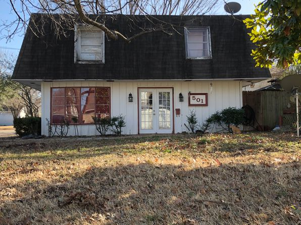 3 bed 2 bath Single Family at 501 W 4th St Kaufman, TX, 75142 is for sale at 90k - 1 of 3