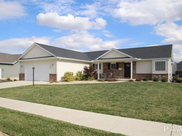 3 bed 2 bath Single Family at 812 STONELAKE DR METAMORA, IL, 61548 is for sale at 200k - 1 of 36