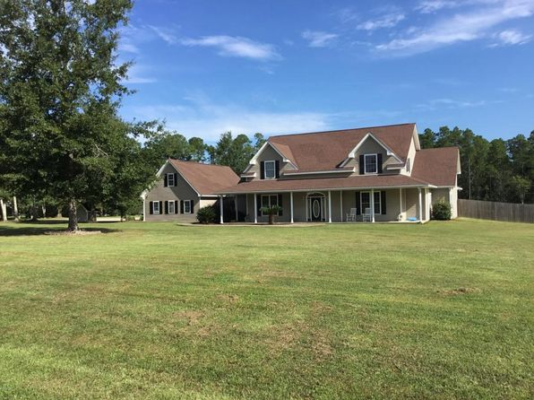 5 bed 3 bath Single Family at 9190 Pinecrest Dr Biloxi, MS, 39532 is for sale at 389k - 1 of 9