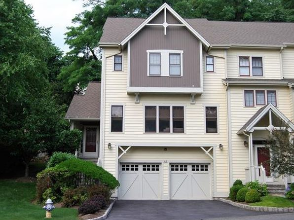 2 bed 2.5 bath Single Family at 42 Landing Dr Dobbs Ferry, NY, 10522 is for sale at 859k - 1 of 31
