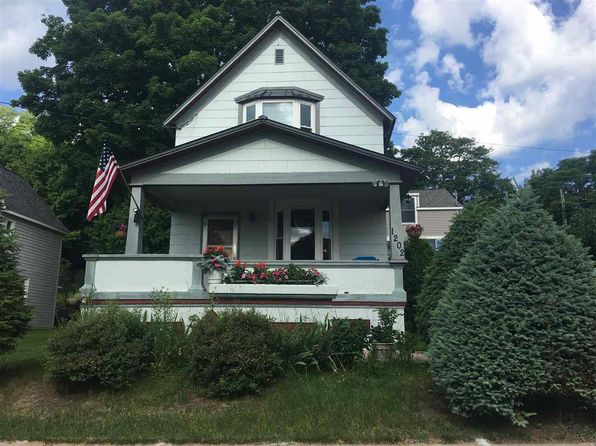 3 bed 2 bath Single Family at 1202 Adams St Marquette, MI, 49855 is for sale at 135k - 1 of 29