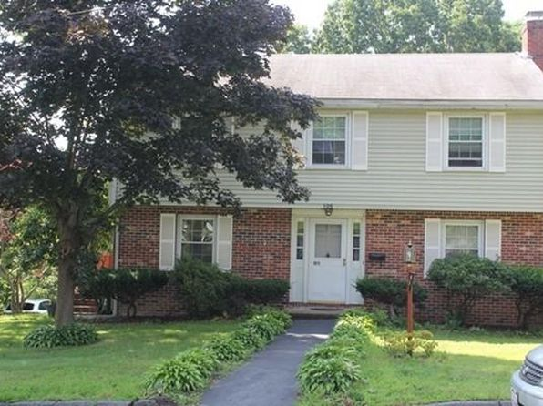 4 bed 2 bath Single Family at 105 Reservoir St Lowell, MA, 01850 is for sale at 345k - 1 of 17