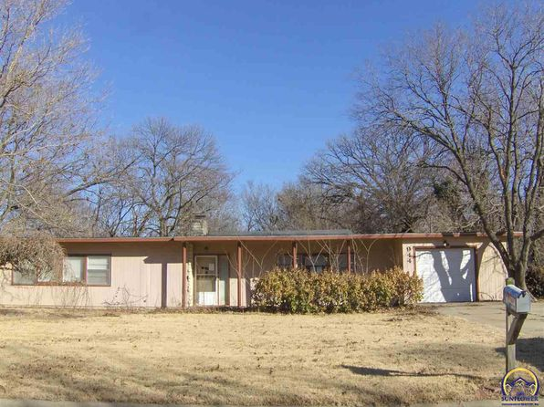 2 bed 2 bath Single Family at 944 Garfield St Emporia, KS, 66801 is for sale at 67k - 1 of 15