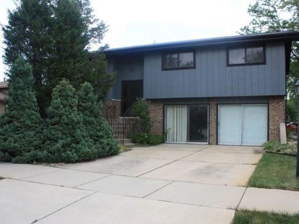 3 bed 2 bath Single Family at 5822 Liberty Sq Oak Forest, IL, 60452 is for sale at 163k - 1 of 8