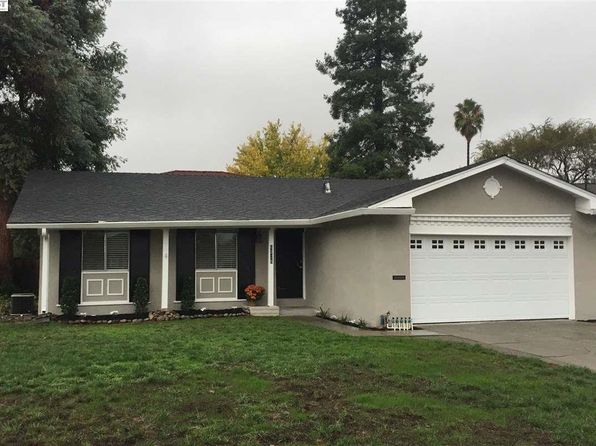 3 bed 2 bath Single Family at 6725 Elm Ct Dublin, CA, 94568 is for sale at 775k - 1 of 5