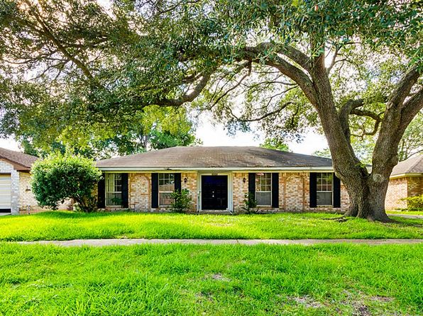 4 bed 2 bath Single Family at 10319 Kirkglen Dr Houston, TX, 77089 is for sale at 145k - 1 of 29